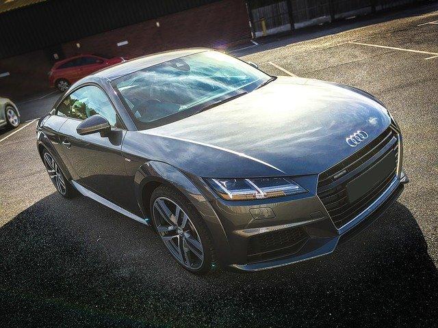 sportovní Audi